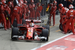 ピレリ、フェラーリのタイヤ・トラブルを調査へ