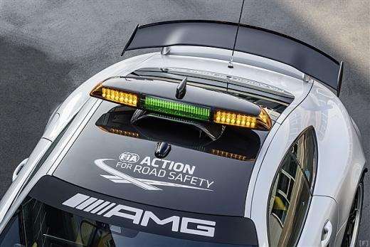 メルセデス、2018年仕様のセーフティカーを発表