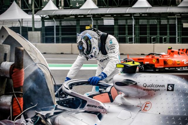 ボッタス、最終コーナーのバリアは位置に苦言