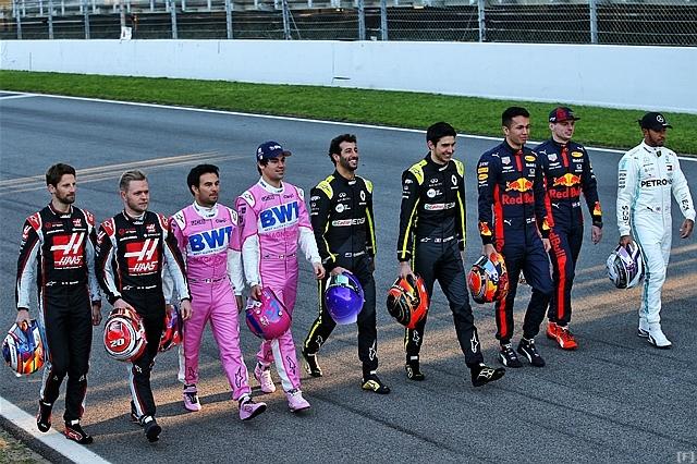 F1、テストに先駆けてプロモーション撮影を実施